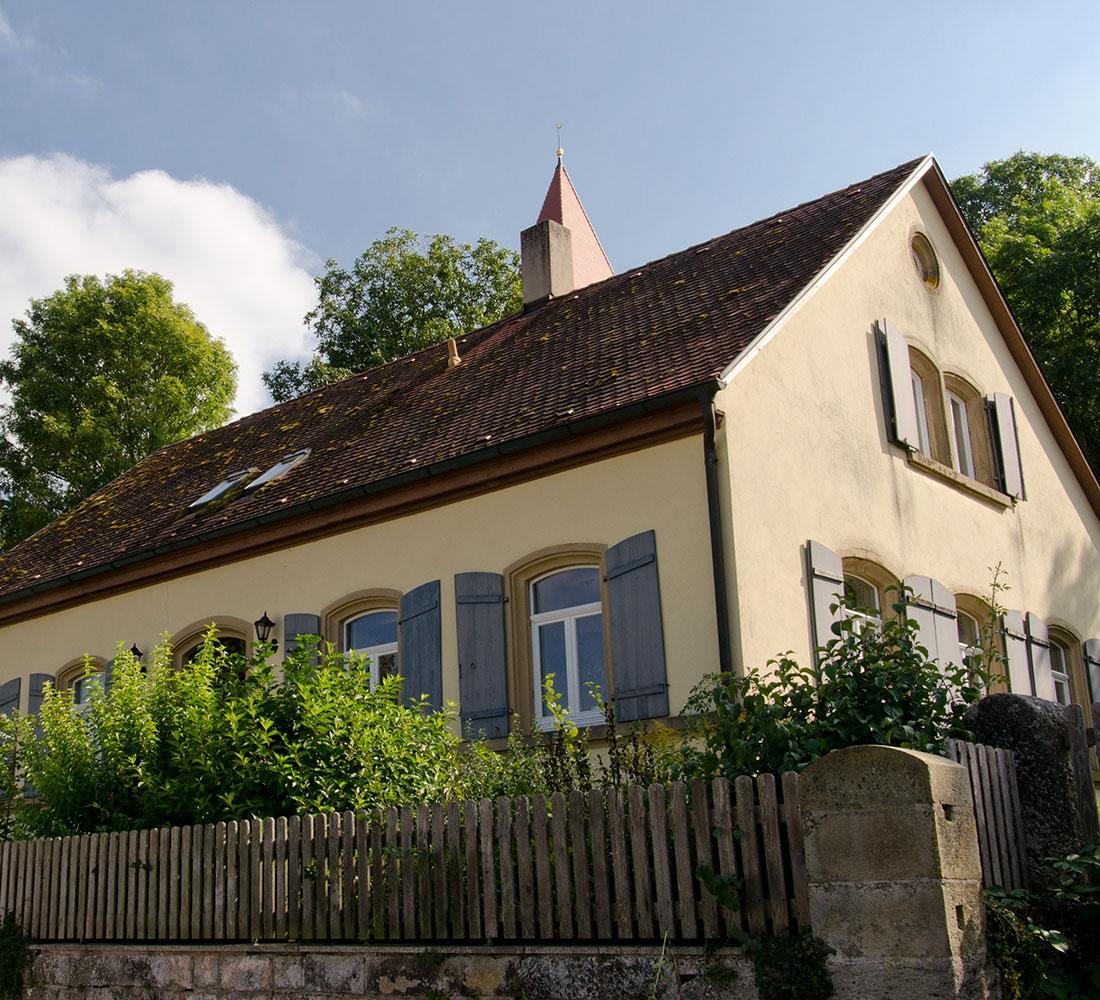 Gemeindehaus - vorne