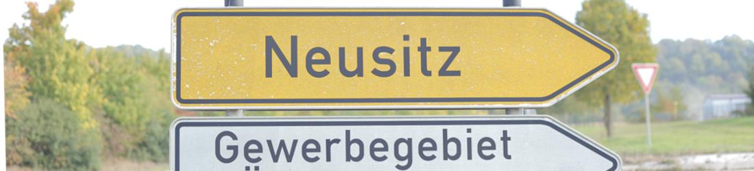 Straßenschild Neustiz