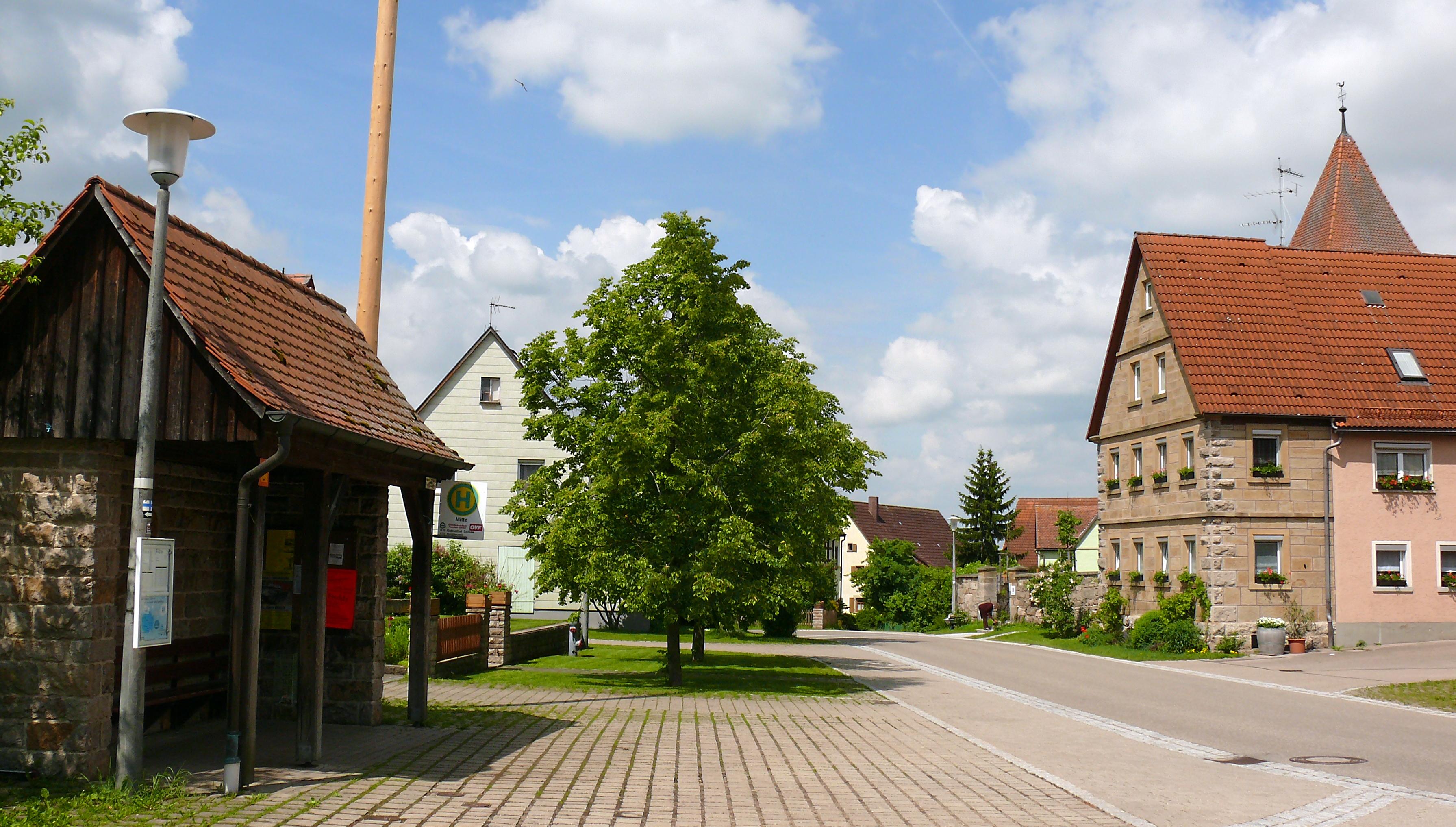 schweinsdorf-dorfplatz